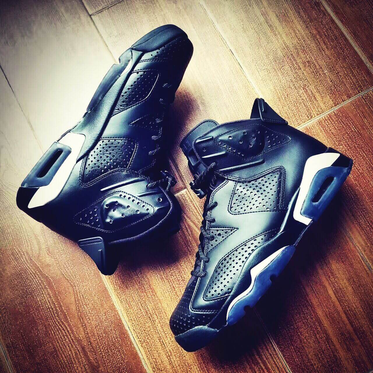 66eea53d5d8 Preview Of The Nike Air Jordan 6 Retro Black Cat New Nike Air Jordan 6 VI  Retro Black Cat 384664 020 ...