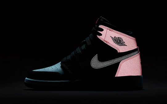 915692a48ad446 The GS Air Jordan 1 Retro Valentines Day Has 3M Reflective Features